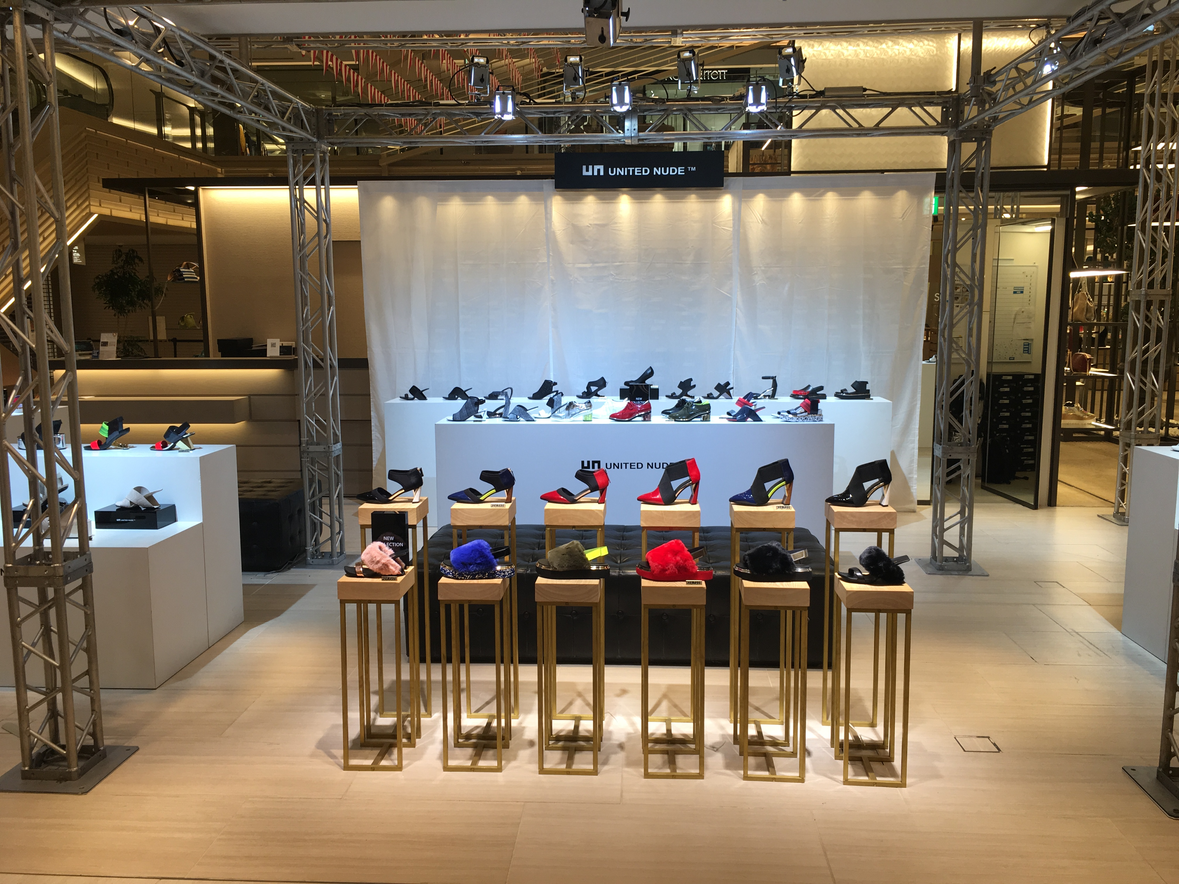 UNITED NUDE POP UP STORE @ GINZA SIX 2F SIXIÈME GINZA